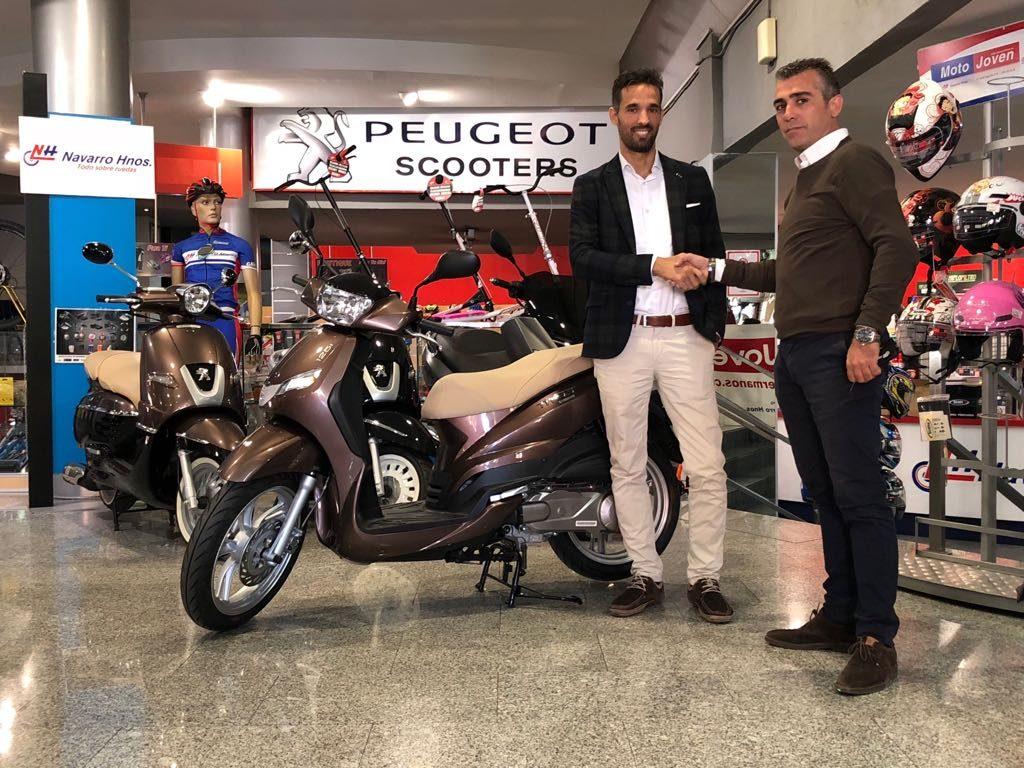 Peugeot Tweet unidad 20.000