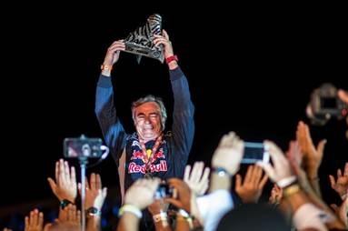 Carlos Sainz gana el Dakar con el Peugeot 3008 DKR Maxi
