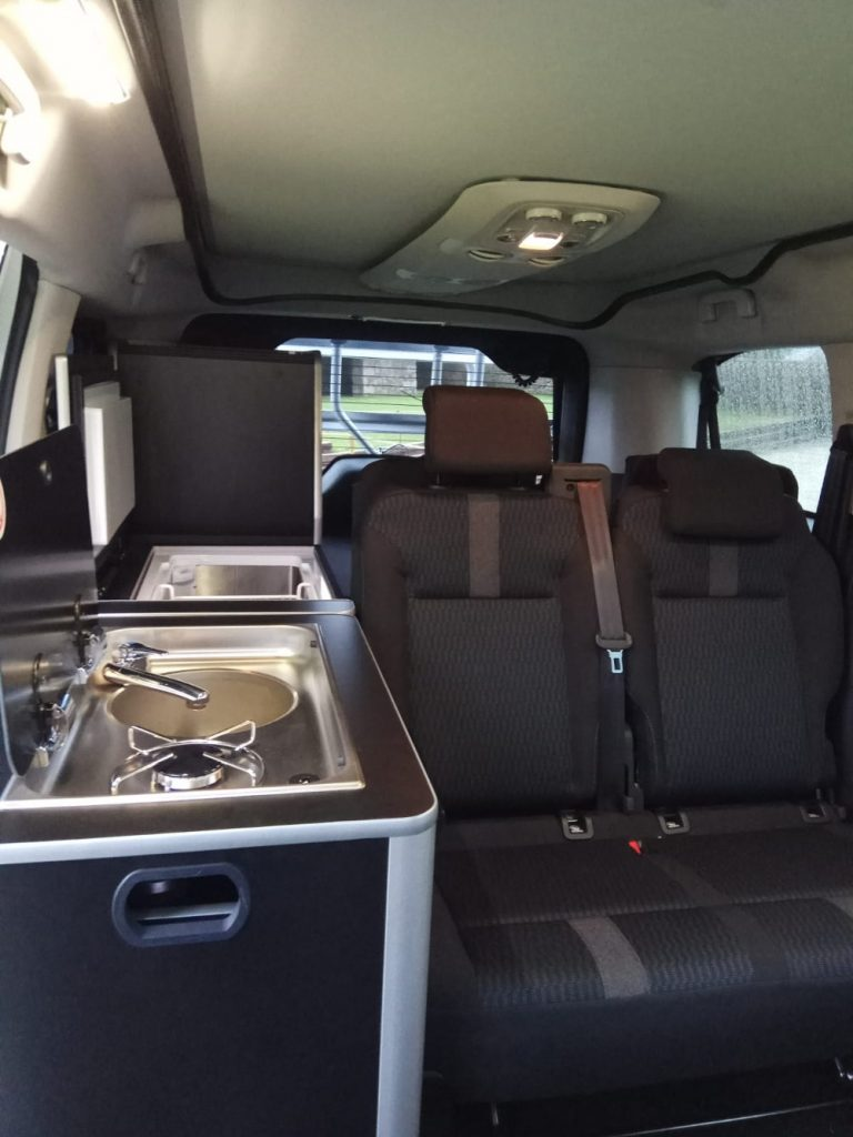 Peugeot Traveller by Tinkervan: una gran opción para los amantes del caravaning